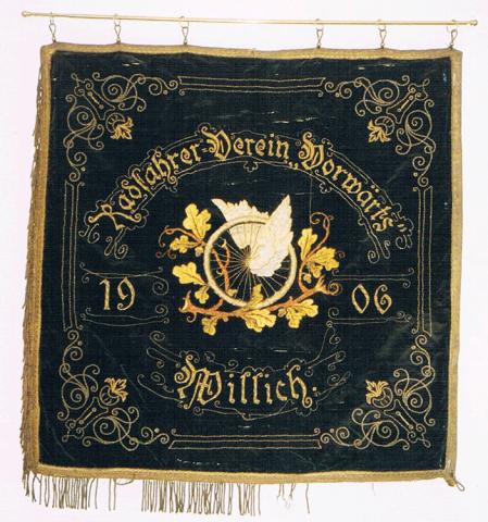 """Traditionsfahne des Radfahrvereins """"Vorwärts"""" 1900 - Rückseite"""